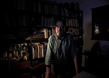Wayne Hall: «Δεν Είναι Θεωρία Συνωμοσίας ότι μας Ψεκάζουν»